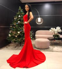 Punane pika sabaga boobetube kleit